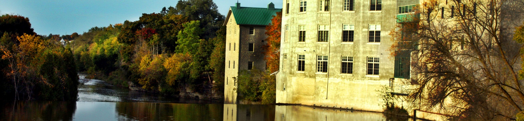 Scenic Fergus condos on water